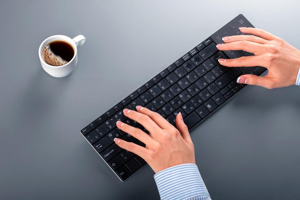 clavier bluetooth design minimaliste