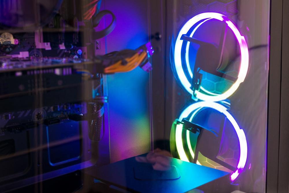 Boitier RGB avec verre trempée