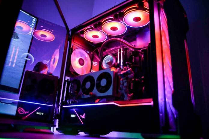 Boitier PC ATX avec composants