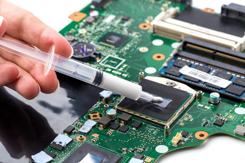 mettre de la pate thermique sur son CPU