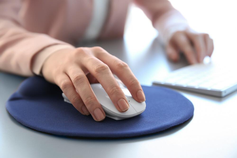 tapis de souris ergonomique bleu